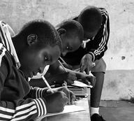 Stavba ubytovny pro studenty střední školy Sv. Idy v Mpanze